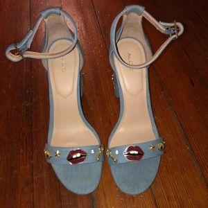 Super fun open toe heeled sandals. Aldo